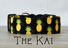 *Due to this patterns scale, we recommend ordering this in sizes L, XL, and XXL only. You may not be able to see much of the pineapples sizes XS-M*  Are you ready to order? Join the Puddle Jumper Pups family today!   All PJP items are handmade-to-order specifically for your pet. For maximum durability all PJP products are sewn using industrial sewing machines. Our collars, leashes, & harnesses are made using heavy duty nylon, welded D-rings, & top-quality side release buckles. Our sizing…