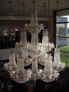 Chandelier, Light, Lighting Design and Ideas Luxury Chandelier, Chandelier In Living Room, Antique Chandelier, Luxury Lighting, Cool Lighting, Chandelier Lighting, Crystal Chandeliers, Bubble Chandelier, Lighting Stores