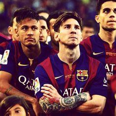 Neymar Jr, messi e Marc Bartra. National Football Teams, Football Fans, Lionel Messi, Barca Team, Barcelona Website, Barcelona Players, Kun Aguero, Messi And Neymar, Argentina National Team