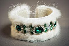 Beaded Embroidery, Embroidery Patterns, Handmade Beaded Jewelry, Beaded Brooch, Fabric Jewelry, Leather Cuffs, Fur Trim, Jewelry Making, Beaded Bracelets