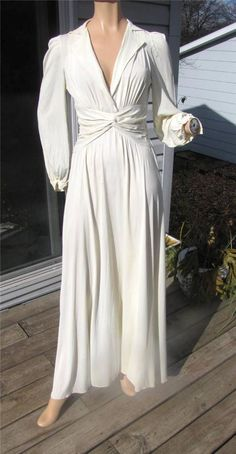 40S IVORY JERSY KNIT FITTED WAIST BACK TRAIN LONG MAXI DRESS 32B  24W #Unbranded