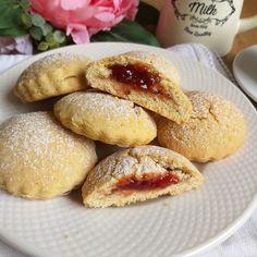 Italian Cookie Recipes, Italian Cookies, Biscuits, Biscotti Cookies, Beautiful Desserts, Romanian Food, Macaroons, Healthy Desserts, Nutella