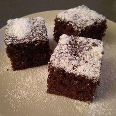 Villámgyors kakaós süti Salty Snacks, Eclairs, Winter Food, Cake Cookies, Chocolate Cake, Brownies, Food To Make, Cake Recipes, Deserts