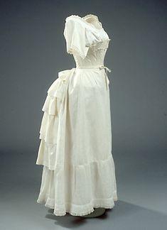 Underwear 1868-1890 Tournure