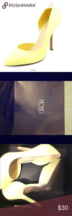 BCBG heels BCBG Heels in lemon chiffon color BCBG Shoes Heels