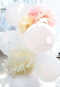 decoración primera comunión en casa - Pompones de papel