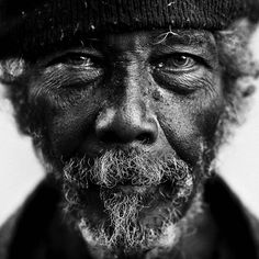 Daily Pictures: Black and White Portraits of the Homeless by Lee Jeffries