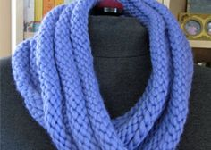 Easy Infinity Scarf Pattern: Welted Infinity Scarf by Kathleen Cubley Knitting Daily, Lace Knitting, Knitting Club, Knitting Scarves, Easy Knitting Patterns, Scarf Patterns, Knitting Ideas, Knitting Projects, Free Pattern