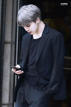 Love the silver hair with all black!