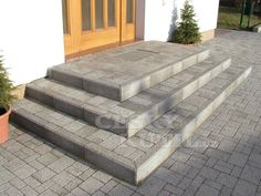 Patio Steps, Front Porch Steps, Outdoor Steps, Concrete Patios, Concrete Patio Designs, Outside Stairs, Brick Paving, Garden Stairs, Living Room Decor Traditional