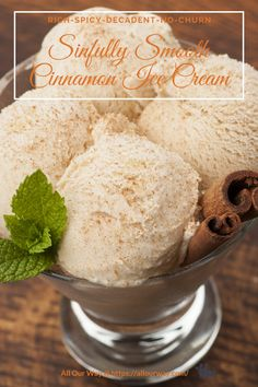 Creamy cinnamon ice cream is sinfully smooth and rich with brown spicey speckles throughtout the frozen dessert. Easy no-churn treat the family will love. Trifle Desserts, Frozen Desserts, Delicious Desserts, Dessert Recipes, Party Desserts, Hot Fudge Cake, Hot Chocolate Fudge, Making Whipped Cream, Desert Recipes