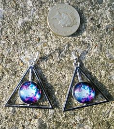 Pink and blue nebula dangle earrings £4.00