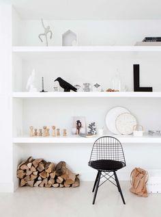 minimalist open shelving