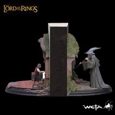 [SIDESHOW/WETA] The Lord of the Rings: Bilbo & Gandalf No Admittance Bookend