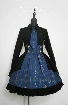 So Gothic Lolita Lolita Gothic, Gothic Mode, Estilo Lolita, Pretty Outfits, Pretty Dresses, Beautiful Dresses, Beautiful Beautiful, Cosplay Outfits, Dress Outfits