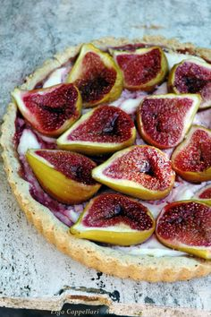 Tarte rustique aux figues & fromage de chèvre, Fig and Goat Cheese Tart I Love Food, Good Food, Yummy Food, Fig And Goats Cheese Tart, Goat Cheese, Fig Tart, Fig Pie, Cooking Photos, Just Desserts