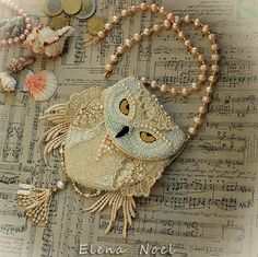 Special item For Heather. 1/2 payment for Owl purse. Snowy owl beaded necklace