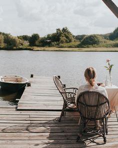 Likiery Chopin (@chopinlikiery) • Zdjęcia i filmy na Instagramie Outdoor Spaces, Outdoor Chairs, Outdoor Furniture, Outdoor Decor, Instagram, Courtyards, Outdoor Living Spaces, Garden Chairs, Outdoor Rooms