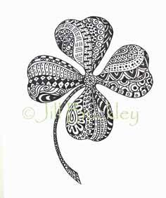 Shamrock Zentangle by Jill Buckley Tangle Doodle, Tangle Art, My Doodle, Doodle Designs, Doodle Patterns, Zentangle Patterns, Zentangle Drawings, Doodles Zentangles, Celtic Tattoos