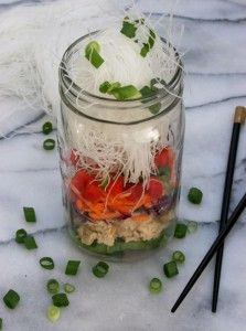 Best Recipes in A Jar - Ramen Noodles In A Mason Jar - DIY Mason Jar Gifts, Cookie Recipes and Desserts, Canning Ideas, Overnight Oatmeal, How To Make Mason Jar Salad, Healthy Recipes and Printable Labels http://diyjoy.com/best-recipes-in-a-jar