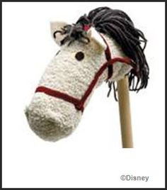 Here's my Derby pick. DIY for hobby horse. Cowgirl Birthday, Cowgirl Party, Horse Birthday, Crafts To Do, Crafts For Kids, Stick Horses, Horse Pattern, Hobby Horse, Diy Toys
