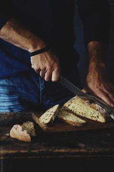 Cinnamon Raisin Irish Soda Bread | Bakersroyale