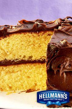yellow cake Super Moist Yellow Mayo Cake Super Moist Yellow Mayo Cake using Hellmann& Real Mayonnaise. Cupcakes, Cupcake Cakes, Poke Cakes, Mayonaise Cake, Vanilla Mayonnaise Cake Recipe, Vanilla Cake, Indian Cake, Cake Recipes, Dessert Recipes