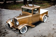 Learn more about Pacific Gold on the Atlantic Coast: 1932 Ford Pickup Custom on Bring a Trailer, the home of the best vintage and classic cars online. Hot Rod Pickup, Old Pickup Trucks, Hot Rod Trucks, Lifted Trucks, Chevy Trucks, Jeep Pickup, Pickup Camper, Lifted Chevy, Jeep 4x4