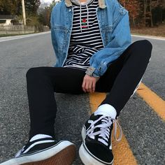 How to shop for fashion costume Grunge Look, Soft Grunge Outfits, Style Grunge, 90s Grunge, Grunge Dress, 80s Fashion Men, Punk Fashion, Grunge Fashion, Urban Fashion