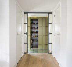Walk-in closet private house, Netherlands by WIES | bureau voor ruimtelijk ontwerp #private #house #customcloset
