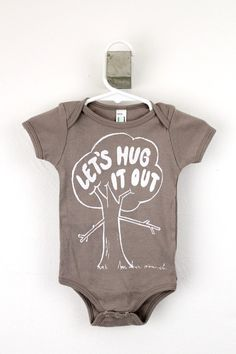 "organic baby bodysuit ""Let's Hug It Out"" // LEFTright"