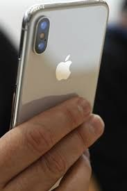 iphone-gratuit.net iphone gratuit is an amazing opportunity that is not worth skipping. Winning a free iPhone is shocking, but true as there are others who have received them. If you wish to own one for free, fill the form on the website, informing that you like to have a free iPhone.