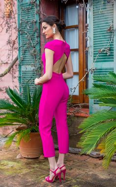 Bright Winter Outfits, Spring Outfits, Chic Outfits, Dress Outfits, Fashion Pants, Fashion Dresses, Stylish Sarees, Party Wear Dresses, Professional Outfits
