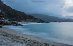 https://flic.kr/p/yGDbVM | Charming beach