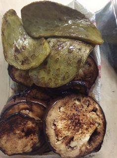 Nopales y berenjena asada, grilled eggplant, paleo snack.  Cocina limpio desde tu casa, comida limpia desde mi cocina. Clean paleo recipies in less than half an hour.