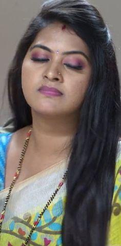 India Beauty, Asian Beauty, Sneha Actress, Beautiful Saree, Beautiful Roses, Dating Girls, Saree Models, Most Beautiful Indian Actress, Indian Beauty Saree