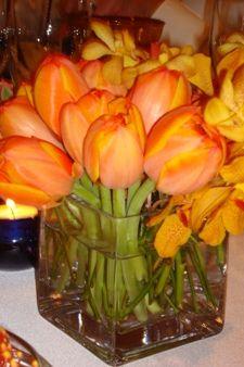http://blog.weddingpaperdivas.com/wp-content/uploads/2008/05/orange-tulip.jpg