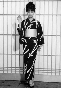 Akiko Wakabayashi  You only Live Twice (1967)