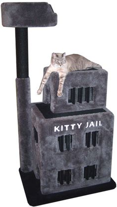 Cat Care Remedies ♥ Cool Cat Towers ♥ The 20 Best Cat Towers - Is there such a thing as spoiling your cat too much? Seriously, is there? Cool Cats, Cat Anime, Anime Chibi, Animal Gato, Cat Towers, Cat Room, Cat Condo, Sphynx Cat, Cat Furniture