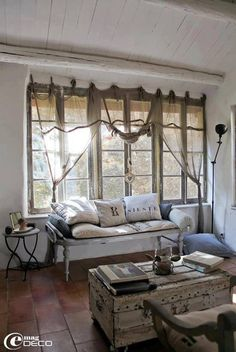 ♕ rustic chic living room - love the trunk