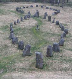 Badekunda stone ship - Stone ship - Wikipedia, the free encyclopedia