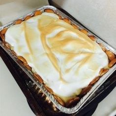 Get easy recipes for creamy chocolate pudding, flan, mousse, and banana and rice puddings. Even beginner cooks can master these easy-to-make recipes. Instant Banana Pudding, Banana Pudding Pies, Homemade Banana Pudding, Banana Pie, Coconut Pudding, Banana Coconut, Homemade Recipe, Banana Cream, Just Desserts
