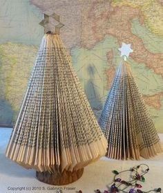 Reminds me of school days when we could actually do holiday crafts. Paperback book Christmas Tree, MUST make these. and cover them in glitter! Book Christmas Tree, All Things Christmas, Winter Christmas, Christmas Holidays, Christmas Decorations, Christmas Ornaments, Xmas Trees, Simple Christmas, Christmas Thoughts
