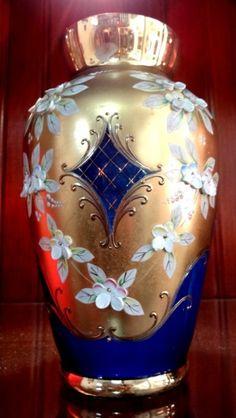 Lindo vaso veneziano na cor azul (2 lasquinhas imperceptíveis) 21cm