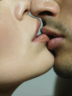 How to kiss. I think (thought) we all knew how, but this is actually pretty well written. Love Couple, Couples In Love, Romantic Couples, Romantic Scenes, Romantic Movies, Romantic Things, Love Kiss, Kiss Me, Passionate Couples