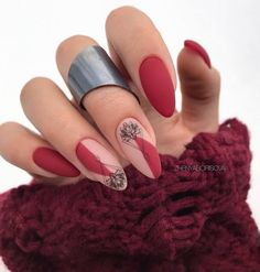 50 Simple Summer Acrylic Conffin Nails Designs Ideas In 2019 These trendy Nails ideas would gain you amazing compliments. Chic Nails, Stylish Nails, Trendy Nails, Coffin Nails Designs Summer, Red Nail Designs, Nail Length, Nagellack Trends, Sweater Nails, Nagel Gel
