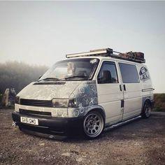 Volkswagen Transporter T4, Vw Vanagon, Vw T1, Vw T4 Tuning, T4 Camper, Adventure Car, Aston Martin Cars, Van Car, Cool Vans