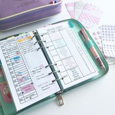 planner layout by Wendaful Designs
