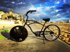 Instagram picutre by @electronwheel: Our hybrid cruisershot @santamonicapier - Shop E-Bikes at ElectricBikeCity.com (Use coupon PINTEREST for 10% off!)