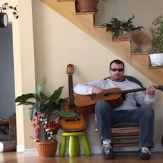 Revenge of the Day: Cat Gets Back at Guitar Player for Kicking Him Out of Chair